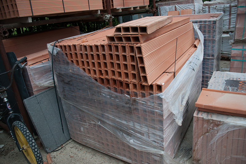 レンガ製の外壁用建材