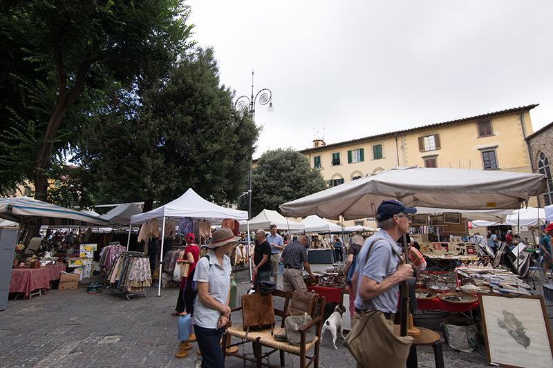 フィレンツェの「蚤の市」